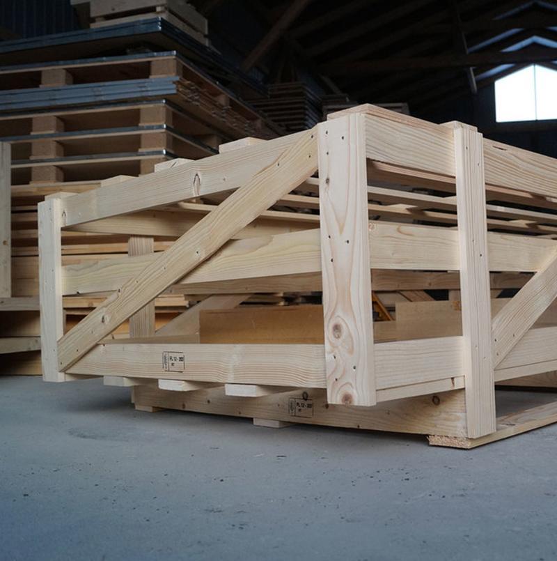 Ażurowe opakowania drewniane